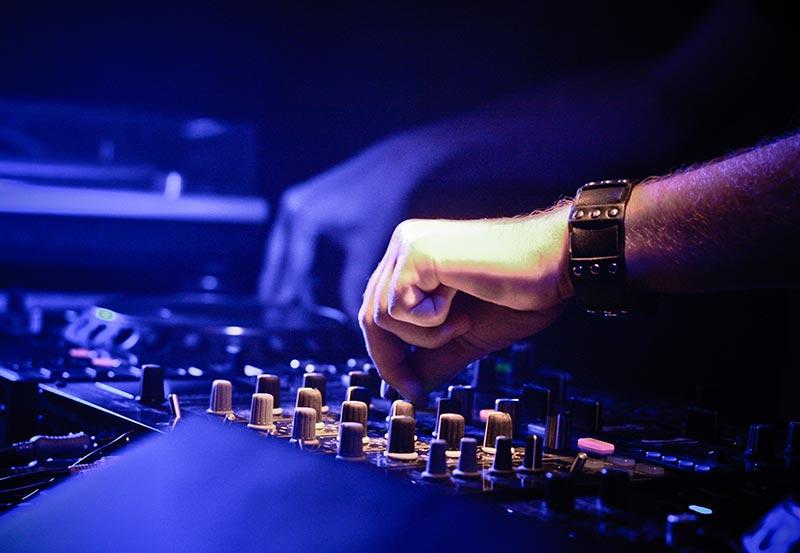 DJ-Services